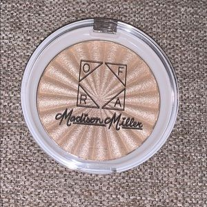 "OFRA — Madison Miller ""moondance"" highlighter"